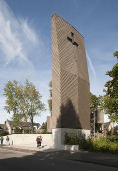 Galería de Iglesia Emmanuel / Sauerbruch Hutton - 3