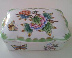 Vintage Porcelain Boxes | Vintage Herend Porcelain Box Queen Victoria