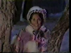 Carpenters ~ Christmas Medley (Winter Wonderland, Silver Bells, White Christmas)