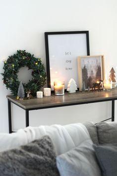 Christmas Home Touches | www.agirlandgrey.com