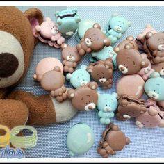 Cute teddy bears macarons: