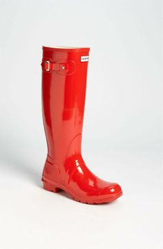 Hunter Gloss Rain Boot - love these in red!