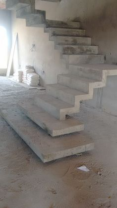 20 best Ideas for modern concrete stairs Interior Staircase, Home Stairs Design, House Front Design, Door Design, Escalier Art, Concrete Stairs, Modern Stairs, House Stairs, Stairways