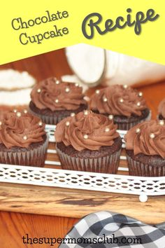 This easy chocolate cupcake recipe is truly the best. With a step by step guide to help you along & a chocolate buttercream icing recipe. it's yummy good! Easy Chocolate Cupcake Recipe, Chocolate Buttercream Icing, Chocolate Cupcakes, Cupcake Recipes, Baking Recipes, Icing Recipe, Yummy Food, Breakfast, Link