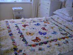 This is a hexagon quilt I am working on at present.   It is being worked in the English Method over papers . The papers measure 7/8ths acr...