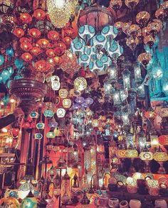 TURKISH LAMPS - GRAND BAZAAR & KAPALICARSI ISTANBUL TURKEY