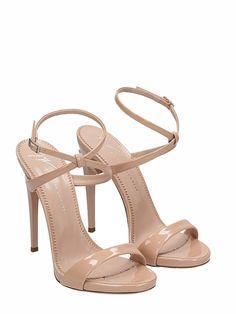 women/shoes/sandals/giuseppe-zanotti