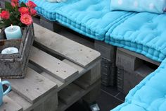 TERASSE LOUNGE 034 Terrasse lounge from pallets in pallet entrance pallet living room pallet garden pallet furniture pallet outdoor project  with Table sofa