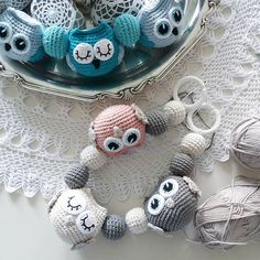 Ännu fler ugglor på g... #virka #virkad #virkat #virkade #virkning #virkar… Crochet Baby Toys, Diy Crochet And Knitting, Crochet Baby Clothes, Crochet Patterns Amigurumi, Crochet Home, Baby Knitting, Crochet Mobile, Newborn Toys, Crochet Patterns For Beginners