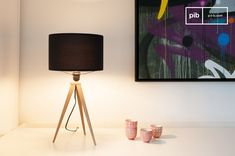 The table lamp Kavinskï is a great example of lights with that attractive scandinavian style.