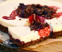 #ClippedOnIssuu from Clouds No 8 Summer 2014 cherry cheesecake sin horno
