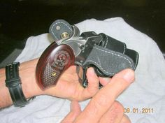 Bond Arms Driving Holster Model 631519