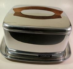 Lincoln Beautyware Mid Century Cake Tin Covered Cake Plate on Etsy, $35.00