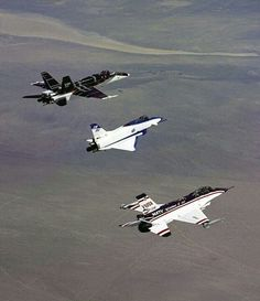 Aircraft testing over the Mojave desert