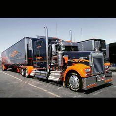 """semitrckn: """"Kenworth custom with matchin reefer """" Show Trucks, Big Rig Trucks, Old Trucks, Peterbilt 379, Kenworth Trucks, Custom Big Rigs, Custom Trucks, Semi Trailer Truck, Big Tractors"""