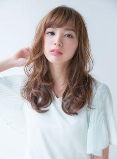 ナチュラル柔らかウエーブスタイル|髪型・ヘアスタイル・ヘアカタログ|ビューティーナビ