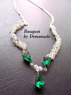 Jewelry made with Swarovski crystals in shades Aurora Borealis and Emerald. Media used for crystals in the necklace are coated with silver. The necklace is the neck. Jewelry can be made in other colors. Aurora Borealis, Necklaces, Bracelets, Swarovski Crystals, Emerald, Jewelry Making, Shades, Charmed, My Style