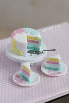 Miniature Cake - Pastel Dots by PetitPlat - Stephanie Kilgast, via Flickr