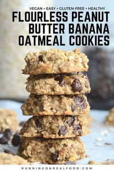 Keto Snacks Discover Flourless Peanut Butter Banana Oatmeal Cookies (Vegan) These healthy flourless peanut butter banana oatmeal cookies require just 3 ingredients! Add chocolate chips for a yummy treat! Vegan and gluten-free. Vegan Baking Recipes, Gluten Free Baking, Healthy Baking, Pb2 Recipes, Coconut Sugar Recipes, Date Recipes Vegan, Sugar Free Cookie Recipes, Baking Snacks, Lemon Coconut