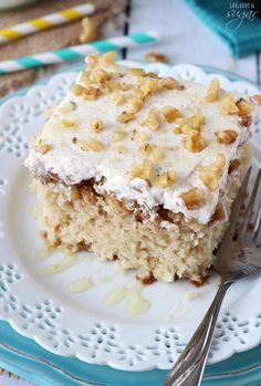 Baklava Poke Cake - lots of cinnamon, honey and walnuts! So good! @lifelovesugar