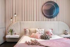 Bedroom Bed Design, Girl Bedroom Designs, Room Ideas Bedroom, Girls Bedroom, Room Decor, Boutique Interior Design, Home Interior Design, Luxury Bedroom Furniture, Daughters Room