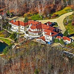 50 Cent's 50,000 square foot mega mansion in Conneticut with 24 bathrooms #MegaHomes