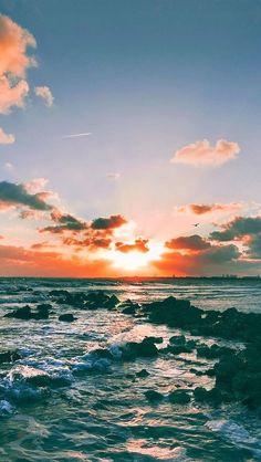 nature ocean sunset landscape iphone 6 plus wallpaper Wallpaper Para Iphone 6, Retina Wallpaper, Sunset Wallpaper, Wallpaper Keren, Cool Wallpaper, Wallpaper Ideas, Cool Pictures For Wallpaper, Nature Wallpaper, Beach Phone Wallpaper
