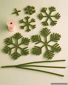 Pipe Cleaner Decorations: Christmas Tree - Martha Stewart Holidays