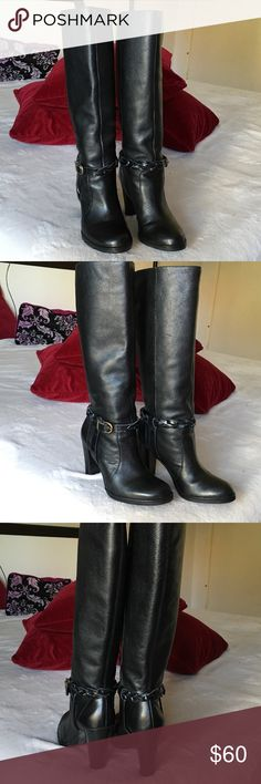 """Banana Republic"" tall leather boots. Confortable heels boots, wide calfs make it easy to slip on. Excellent conditions, barely used. No marks, no scratches. No zipper. Banana Republic Shoes Ankle Boots & Booties"