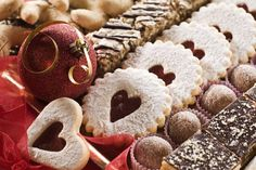 Cookies and Hot Chocolate at the Fairmont Washington, D., Georgetown - Holiday Lights and Breakfast Delights Package - perfect for the family! Merry Christmas, Christmas Hearts, Christmas Desserts, Christmas Baking, Christmas Traditions, Christmas Cookies, Christmas Holidays, Slovak Recipes, Czech Recipes