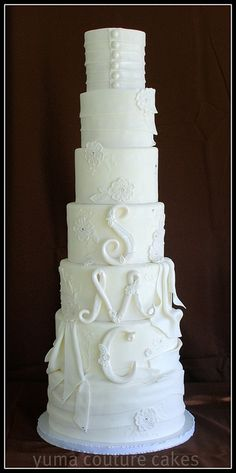 Custom Wedding cake Yuma Arizona by Yuma Couture Cakes