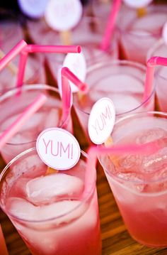 Perfect! Love the pink straws :) anchors instead of yum