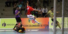 Futsal al extremo en el coliseo El Cubo