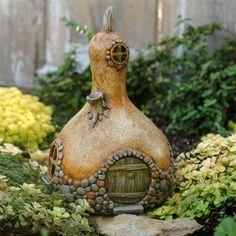 Fiddlehead Fairy Gourd House, I have gourds! :)
