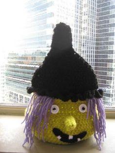 Crochet Dreamz: Boo Halloween Witch Basket ( Free PDF Crochet Pattern)