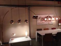 Showroom winkel .Landelijke , moderne lampen .Roodkoper . Booglamp hanglamp . Home interior lights / ONLINE SHOP : click on this LINK ( www.rietveldlicht.nl ) Verzendkosten gratis .