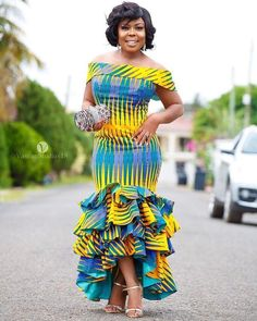 latest ankara styles 2018 for ghanaian ladies fashion African Fashion Designers, African Fashion Ankara, African Inspired Fashion, Latest African Fashion Dresses, African Dresses For Women, African Print Dresses, African Print Fashion, Africa Fashion, Ghanaian Fashion