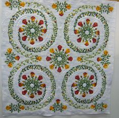 Gorgeous quilt pictured in this French blog