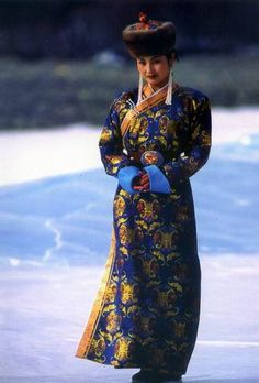 Traditional Dress Mongolia by Toilucky, via Flickr