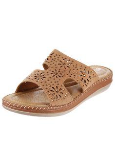 Zueco Beige Massimo Chiesa Flat Sandals, Women's Shoes Sandals, Flats, Ladies Sandals, Comfortable Shoes, Slippers, Footwear, Wedges, Crochet
