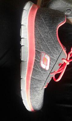 best service cfccc a55f6 17 mejores imágenes de zapatillas de deporte de moda   Zapatillas ...