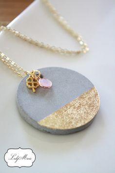 Vergoldete Ketten - *Trend* Betonschmuck Kette mit Blattgoldverzierung - ein Designerstück von LadyMarie bei DaWanda