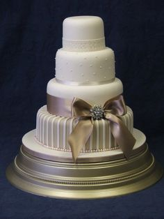 Erin - with latte coloured bottom tier and ribbon detail