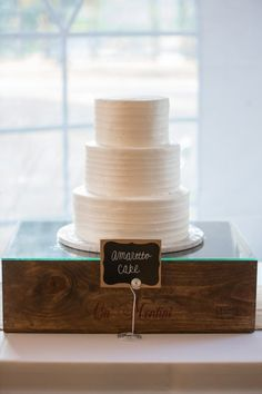 Yum! Amaretto Cake by http://www.fantasiesinfrosting.com/  Photography By / autumnwilson.com