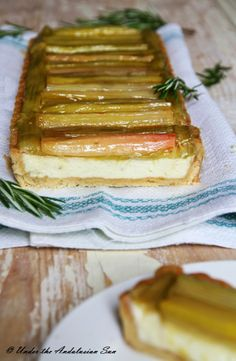 Possibly the best rhubarb tart this summer. With rosemary, goat cheese and white chocolate!