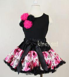 setje pettiskirt + tanktop zwart/roze bloemen, maat XS, 80-92