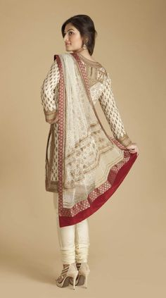Ritu Kumar Cream/Gold Churidaar Kameez back Mehendi Outfits, Pakistani Outfits, Indian Outfits, Indian Clothes, Indian Attire, Indian Wear, Ritu Kumar, Indian Look, Desi Wear
