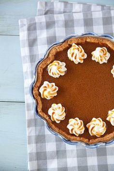 Caramel Spiked Pumpkin Pie | Annie's Eats