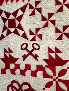 Ruby Jubilee red-and-white quilt at the 2014 Houston International Quilt Festival.  Photo by The Quilting Queen Online
