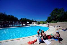 hameaux des lacs à Monclar  http://www.terresdefrance.com/Les_Hameaux_Des_Lacs_Monclar-Quercy_82
